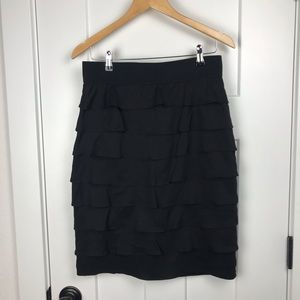 Alfani 8 black tiered ruffle back zip skirt